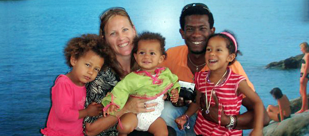 Emily Sanson-Rejouis, pictured with her husband Emmanuel Rejouis and their children Kofie-Jade (5), Zenzie (3) and Alyahna (2). Pic :NZPA / Suppled