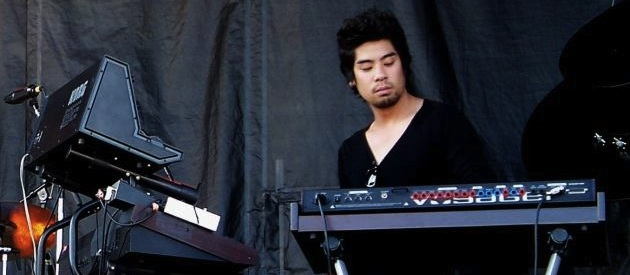 Reuben Wu at Ottawa Blues fest (2008)