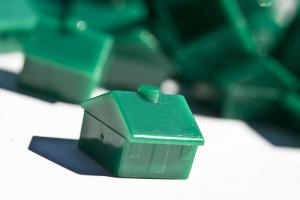 Housing rental demand stays strong