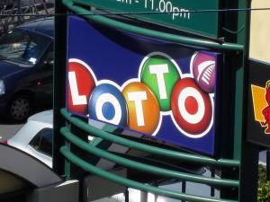 Lucky long weekend for first division Lotto winners | Voxy co nz