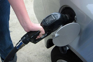 Fuel Prices Set To Treble By 2017 In New Oil Shock - Lobby