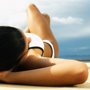 New Survey Shows Attitudes To Tanning Are Changing
